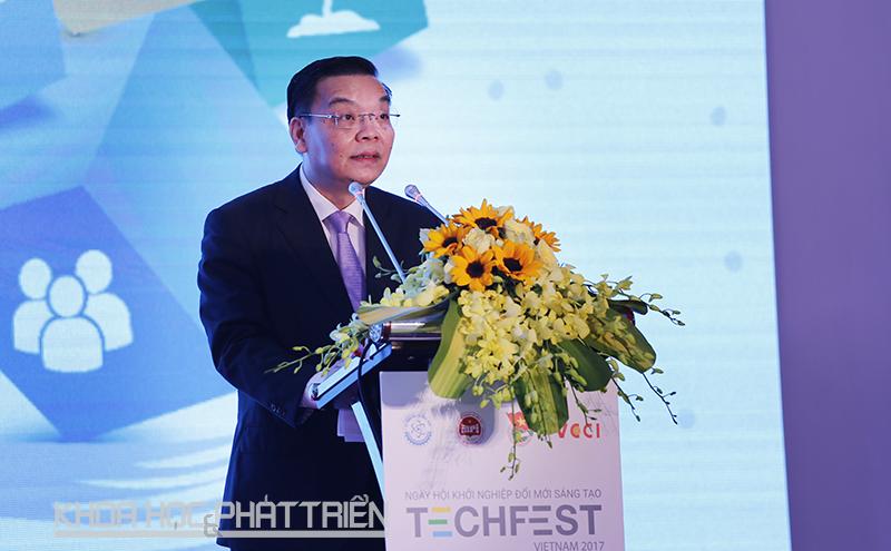 Bộ trưởng Chu Ngọc Anh phát biểu tại sự kiện. Ảnh: Loan Lê.