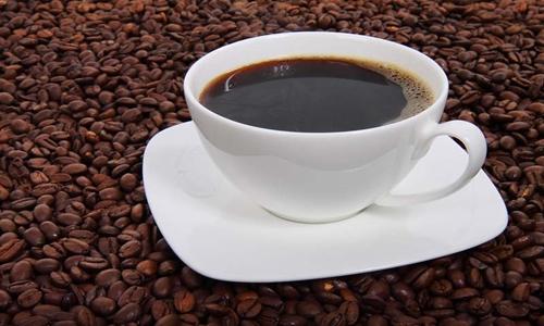 Uống cà phê điều độ giúp làm giảm nguy cơ mắc các bệnh về gan. Ảnh: Siasat.