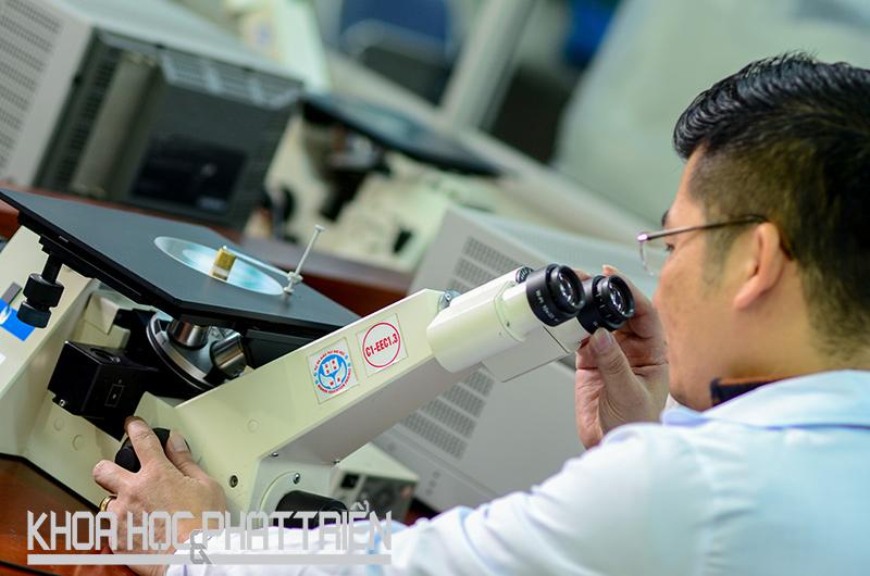Số nhà nghiên cứu có công bố quốc tế của VNU tăng 10-15% mỗi năm. Ảnh: Hoàng Anh