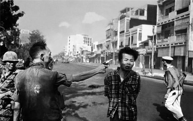 Loat anh Chien tranh Viet Nam khien nhan loai nghen long-Hinh-9