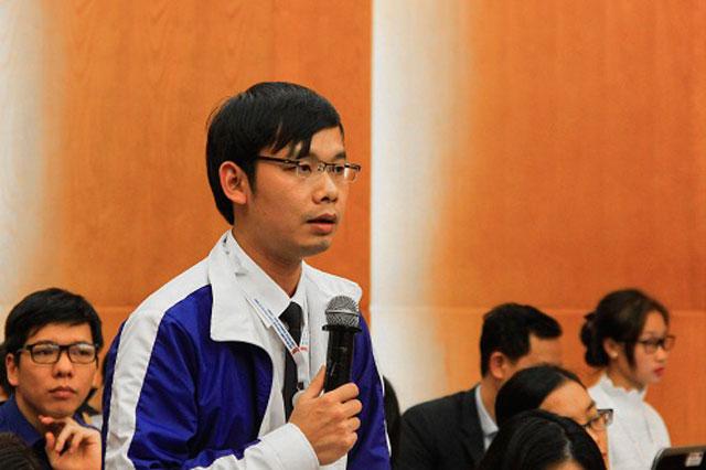 Anh Bùi Huy Toàn đề xuất đưa môn học khởi nghiệp vào đại học, cao đẳng. Ảnh: Dương Tâm