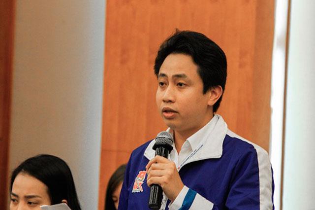 Anh Lê Đức Tùng cho rằng doanh nghiệp và nhà trường cần phối hợp với nhau trong nghiên cứu khoa học và ứng dụng công nghệ. Ảnh: Dương Tâm