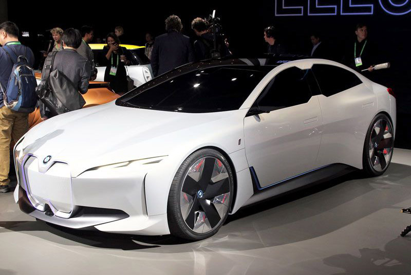 2. BMW iVision Dynamics 2018.