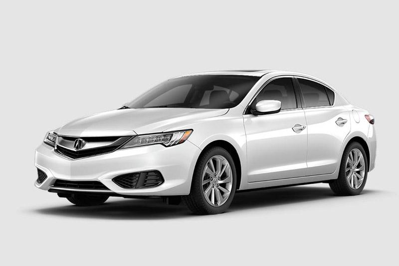 2. Acura ILX 2018 (giá khởi điểm: 29.4000 USD).