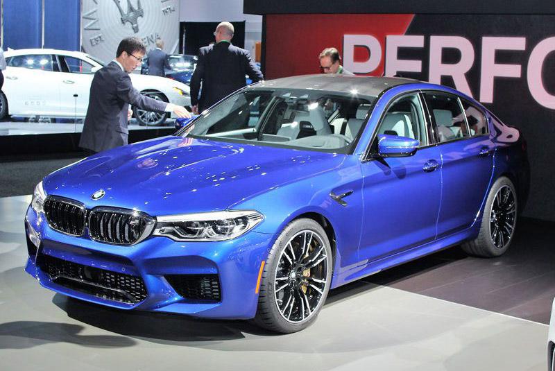 4. BMW M5 2018.