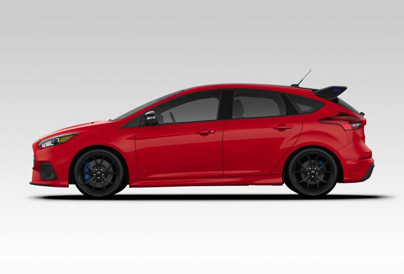 4. Ford Focus RS 2018 (thời gian tăng tốc từ 0-100 km/h: 4,7 giây).
