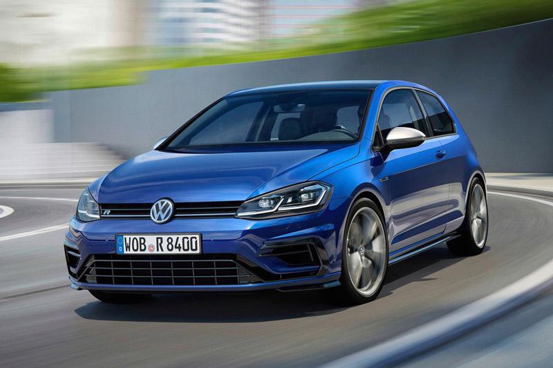 =6. Volkswagen Golf R 2018 (thời gian tăng tốc từ 0-100 km/h: gần 5 giây).