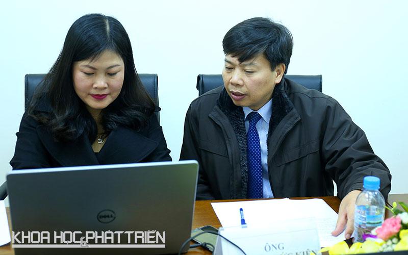 Ông Nguyễn Đức Kiên (phải) tại chương trình giao lưu trực tuyến.