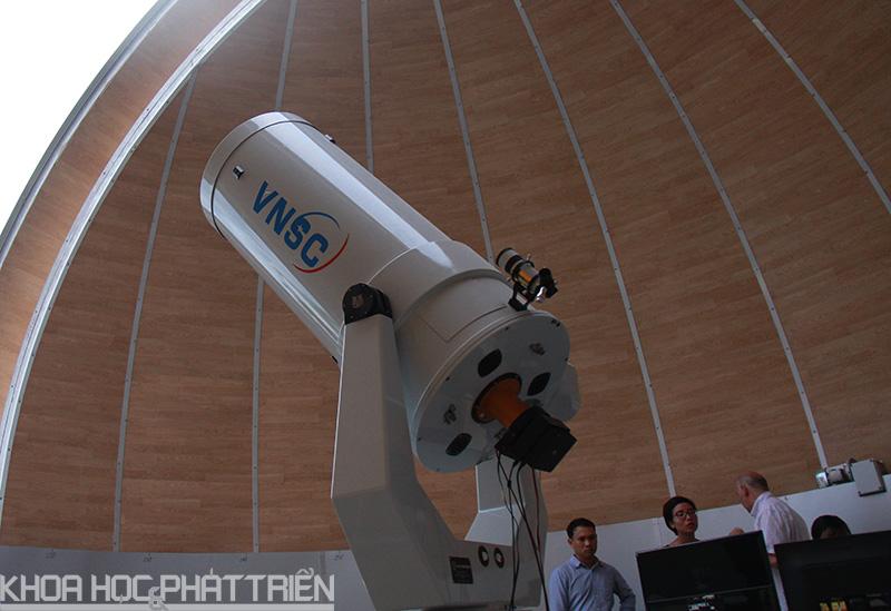 Kính thiên văn quang học đường kính 0.5 mét, thiết bị chính cho nghiên cứu của NTO