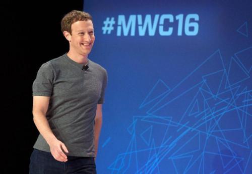 """Tuần trước, trong thông điệp chia sẻ quyết tâm trong năm mới 2018 của mình, ông chủ Facebook cho biết sẽ """"sửa chữa"""" mạng xã hội lớn nhất thế giới. Ảnh: Getty"""