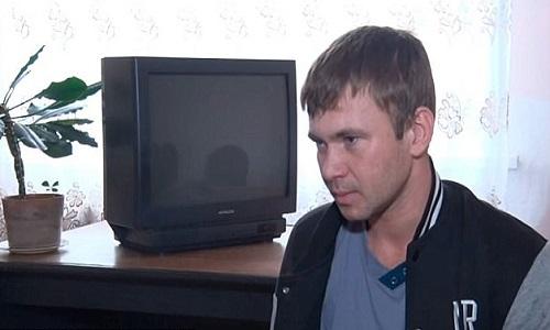 Andrey lạc đường sau khi lang thang vào sâu trong rừng. Ảnh: Sputnik..