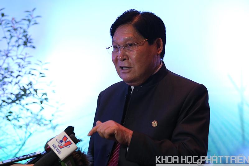 Ông Phạm Hưng Củng chia sẻ thông tin tại hội thảo.