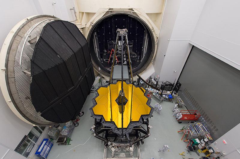 Kính viễn vọng Không gian James Webb của NASA.