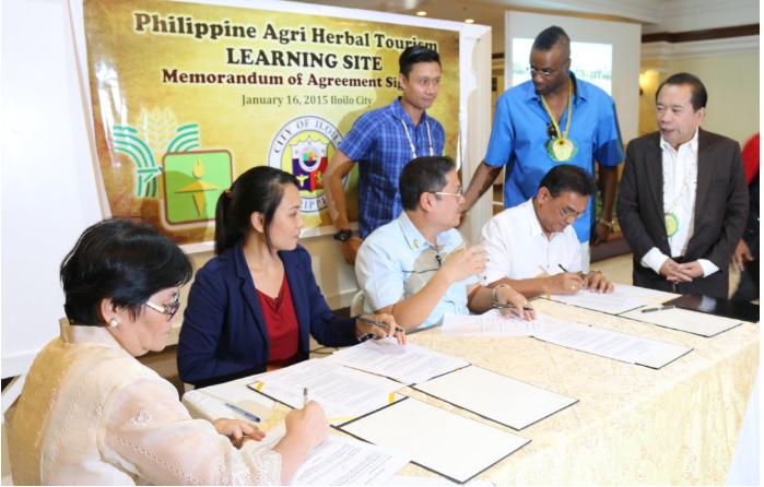 Kết hợp trồng dược liệu và du lịch tại Phillipines. Ảnh: Agricultural Training Institute