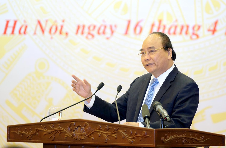 Thủ tướng Nguyễn Xuân Phúc phát biểu kết luận hội nghị - Ảnh: VGP/Quang Hiếu