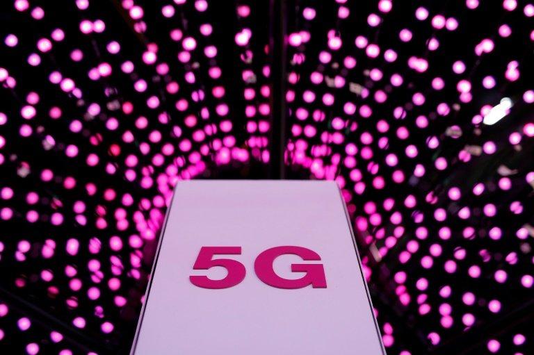 5G đang là cuộc đua giữa Trung Quốc, Hàn Quốc, Mỹ và Nhật Bản. Ảnh: TechXplore