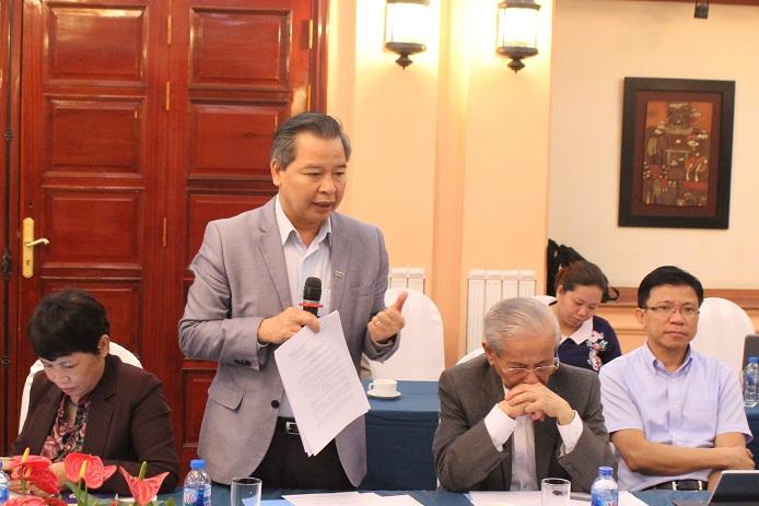 GS.TS Phạm Quang Minh đề nghị chấp nhận các chương sách nếu được xuất bản ở một số NXB uy tín. Ảnh: Bảo Như