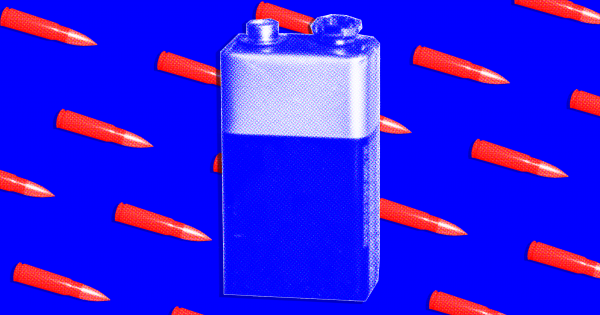 Mỹ muốn tích hợp pin chống đạn lên áo giáp của binh sĩ. Ảnh: Futurism