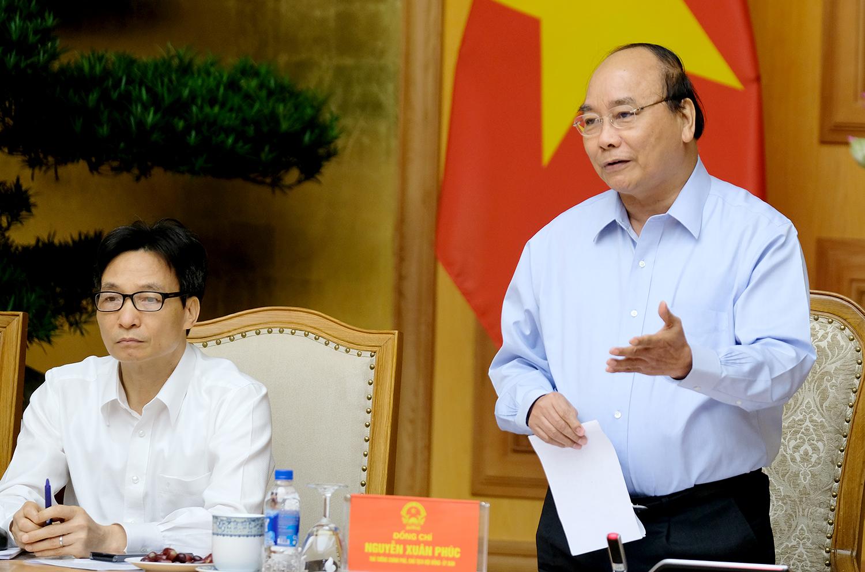Thủ tướng Nguyễn Xuân Phúc đề nghị sớm đưa vào chương trình giảng dạy của các trường vấn đề khởi nghiệp một cách sâu sắc và thực tế hơn. Ảnh: VGP/Quang Hiếu
