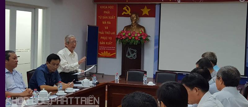 Các đại biểu đóng góp cho dự thảo Chương trình