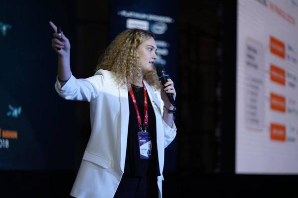 Ivana Istochaka – Giám đốc chiến lược và phát triển thương mại quốc tế của Truemoney trình bày tại sự kiện
