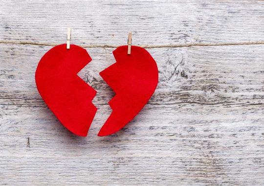 Sự cô đơn làm tăng nguy cơ chết vì bệnh tim lên gấp đôi - ảnh: iStock