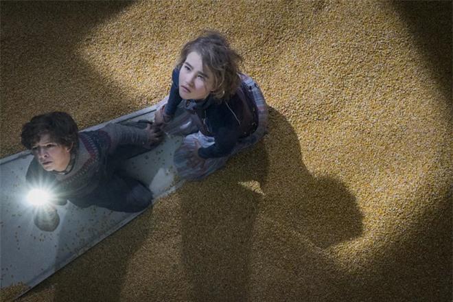 Thật khó tin khi hiệu ứng kĩ xảo khó nhất trong phim Vùng Đất Câm Lặng là lớp ngô dày 30 centimet - Ảnh 8.