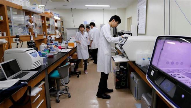 Nhật Bản: Một đại học Y danh tiếng bị tố giảm điểm thi của thí sinh nữ - Ảnh 1.