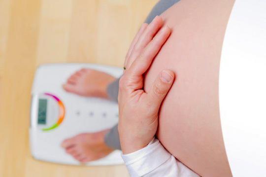 """Thai phụ nên tăng cân vừa phải, theo hướng dẫn của bác sĩ, tránh suy nghĩ """"tăng cân càng nhiều càng tốt"""" - ảnh: minh họa từ internet"""