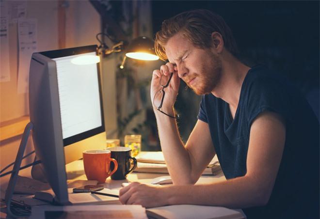 Bạn đang cảm thấy FA? Nghiên cứu cho thấy bạn chỉ đang thiếu ngủ mà thôi! - Ảnh 1.