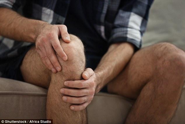 Những người có nồng độ cortisol cao và bị đột biến ở gien FKBP5 thường bị đau cơ xương mạn tính - Ảnh: Shutterstock