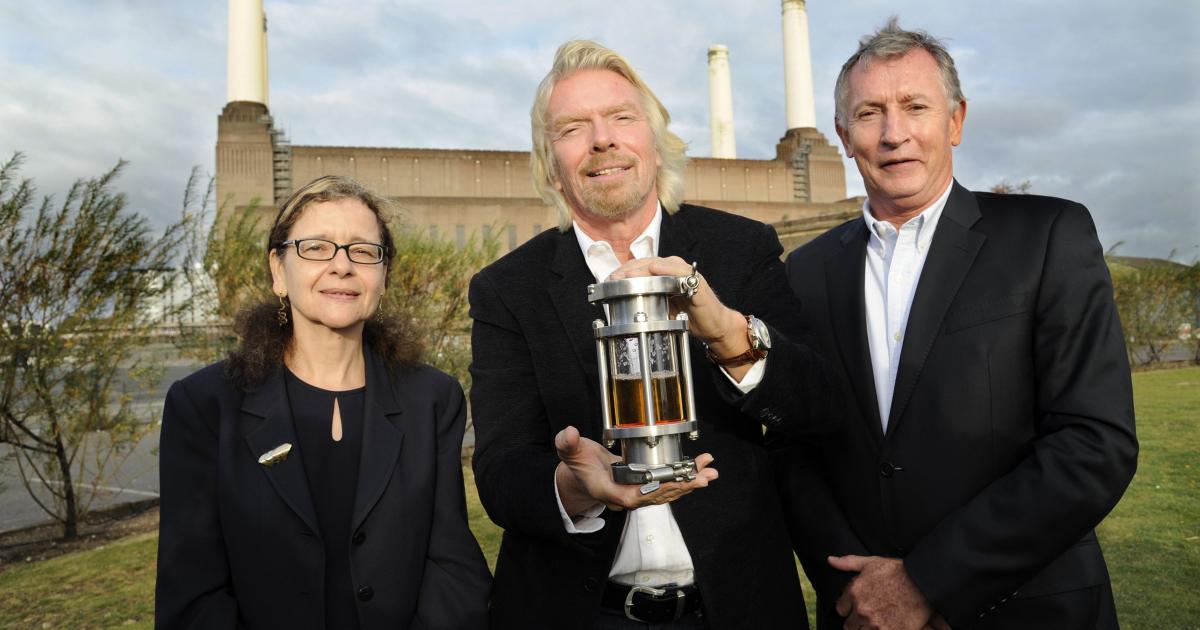 Hãng hàng không Virgin Atlantic của tỷ phú Richard Branson đang đi đầu trong việc sử dụng nhiên liệu sạch tái chế. Ảnh: Futurism.