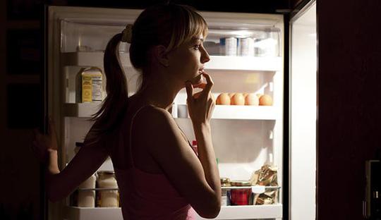 Nếu không bỏ được thói quen ăn khuya, bạn hãy chọn những món giàu protein - ảnh minh họa từ Internet