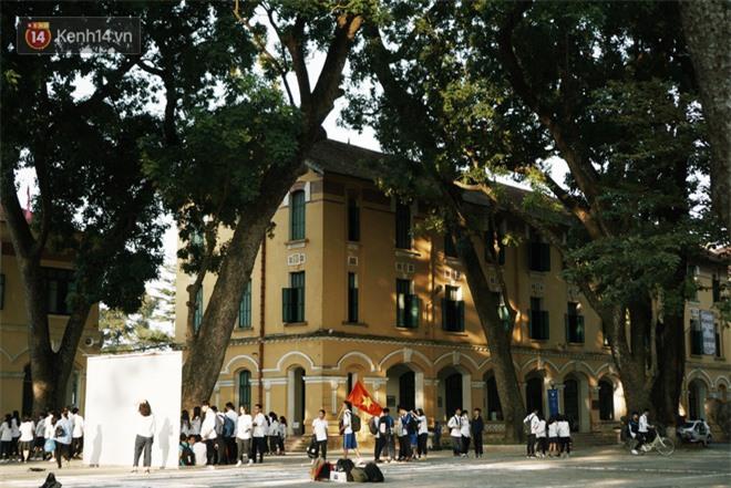 Ngôi trường lâu đời nhất Hà Nội - 110 năm qua vẫn vẹn nguyên vẻ đẹp yên bình, rêu phong và thách thức thời gian - Ảnh 3.