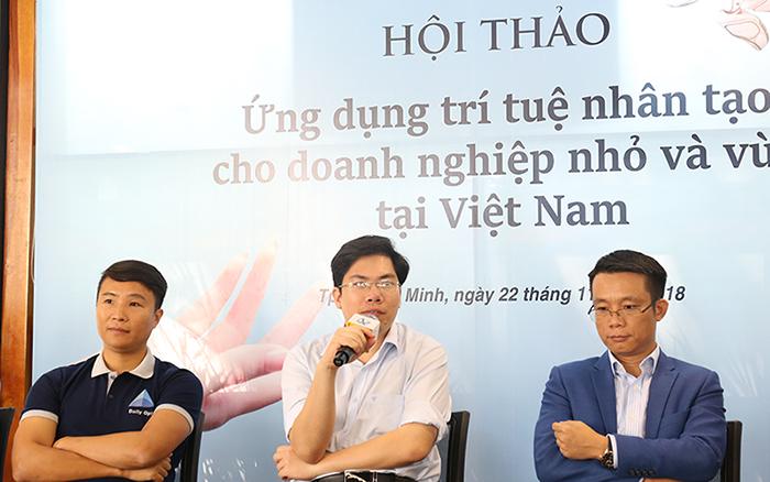 Anh Phan Nam Long, CEO của Abivin (Thứ hai từ trái sang), Anh Trần Nguyên Vũ, Country Director của IBM Việt Nam (bìa phải)