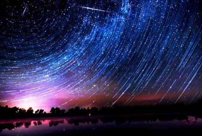 Mưa sao băng, một hiện tượng kỳ thú của vũ trụ (minh họa) - Ảnh: VCA