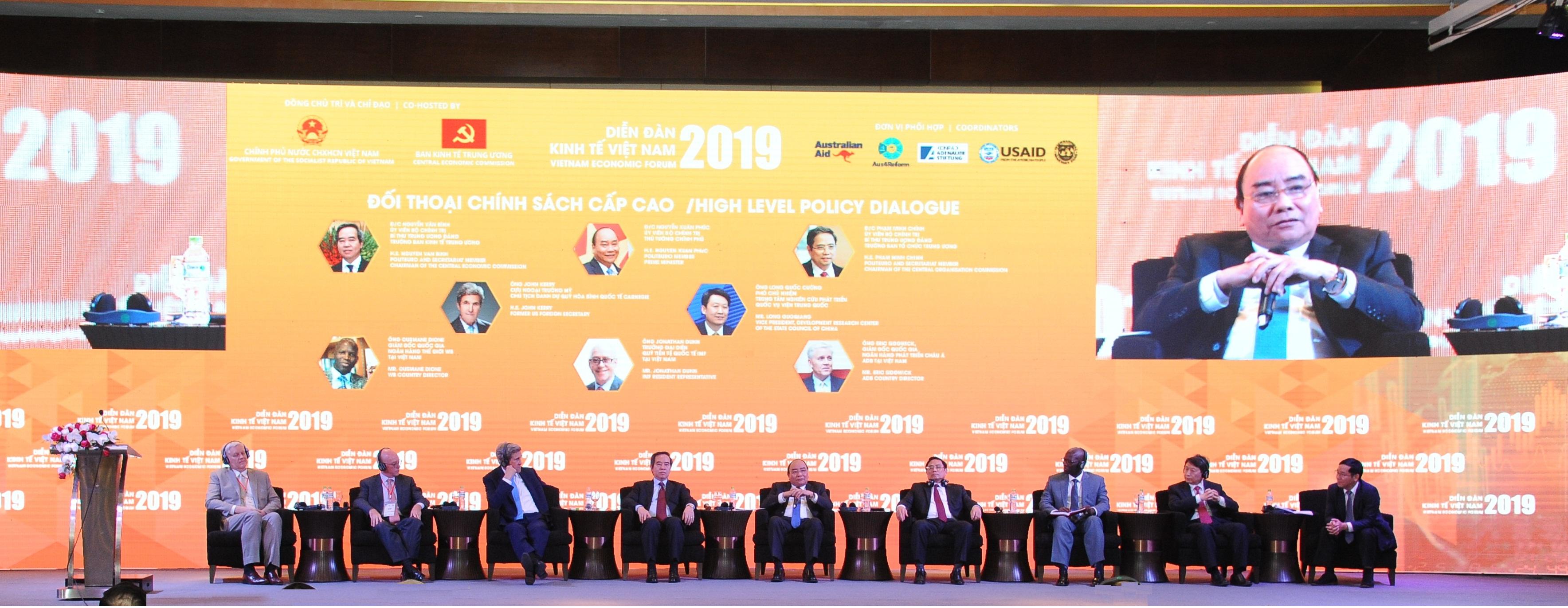 Đối thoại chính sách cấp cao tại Diễn đàn Kinh tế Việt Nam 2019 ngày 17/1
