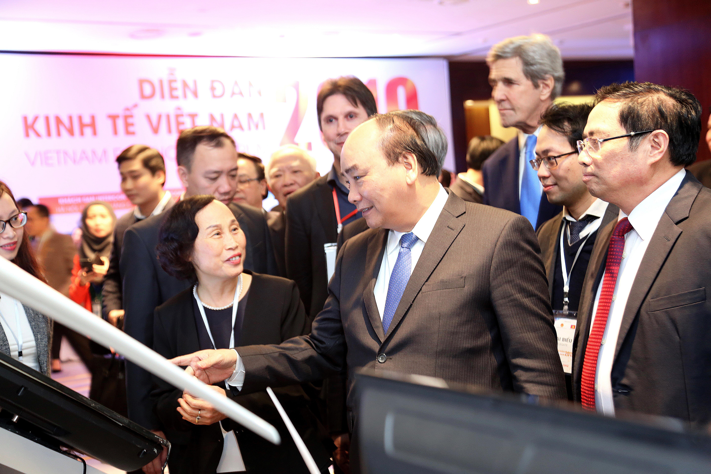 Thủ tướng Nguyễn Xuân Phúc và các đại biểu tại Diễn đàn Kinh tế Việt Nam 2019 do Chính phủ và Ban Kinh tế Trung ương tổ chức ngày 17-01-2019. Ảnh: BTC