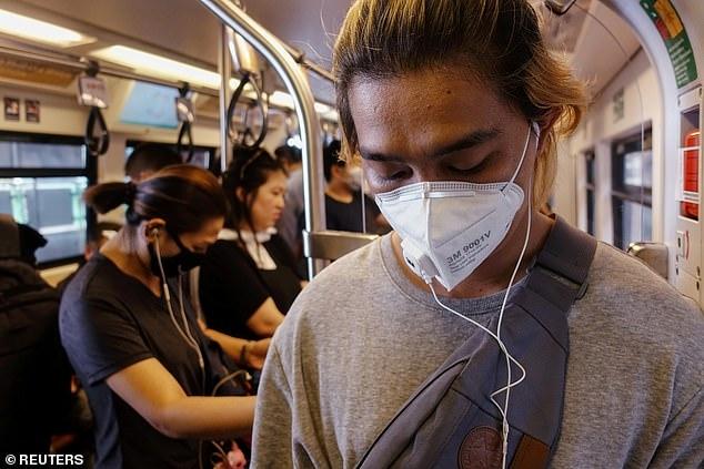 Các nhà nghiên cứu đã nhận thấy có mối liên hệ rõ rệt giữa tình trạng ô nhiễm không khí và tâm trạng u sầu, chán nản - Ảnh: Reuters