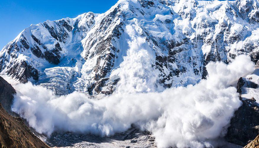 Tuyết lở là một trong những thảm họa khó nắm bắt