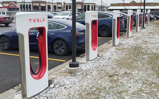 Các trạm xạc điện cho ô tô của Tesla