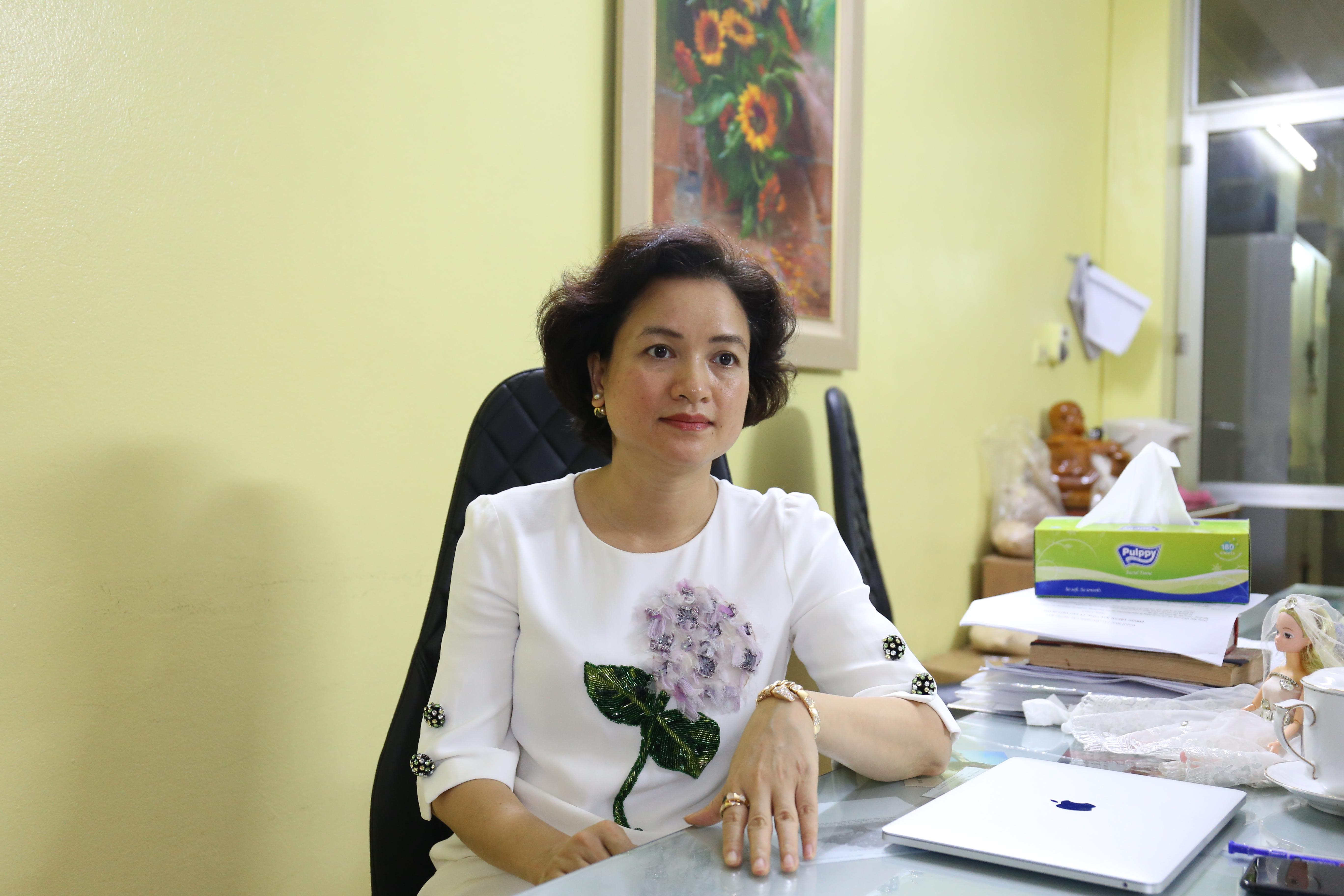 Chị Nguyễn Thị Hương Liên, Phó tổng giám đốc, đồng sáng lập công ty Sao Thái Dương. Ảnh: Bảo Như