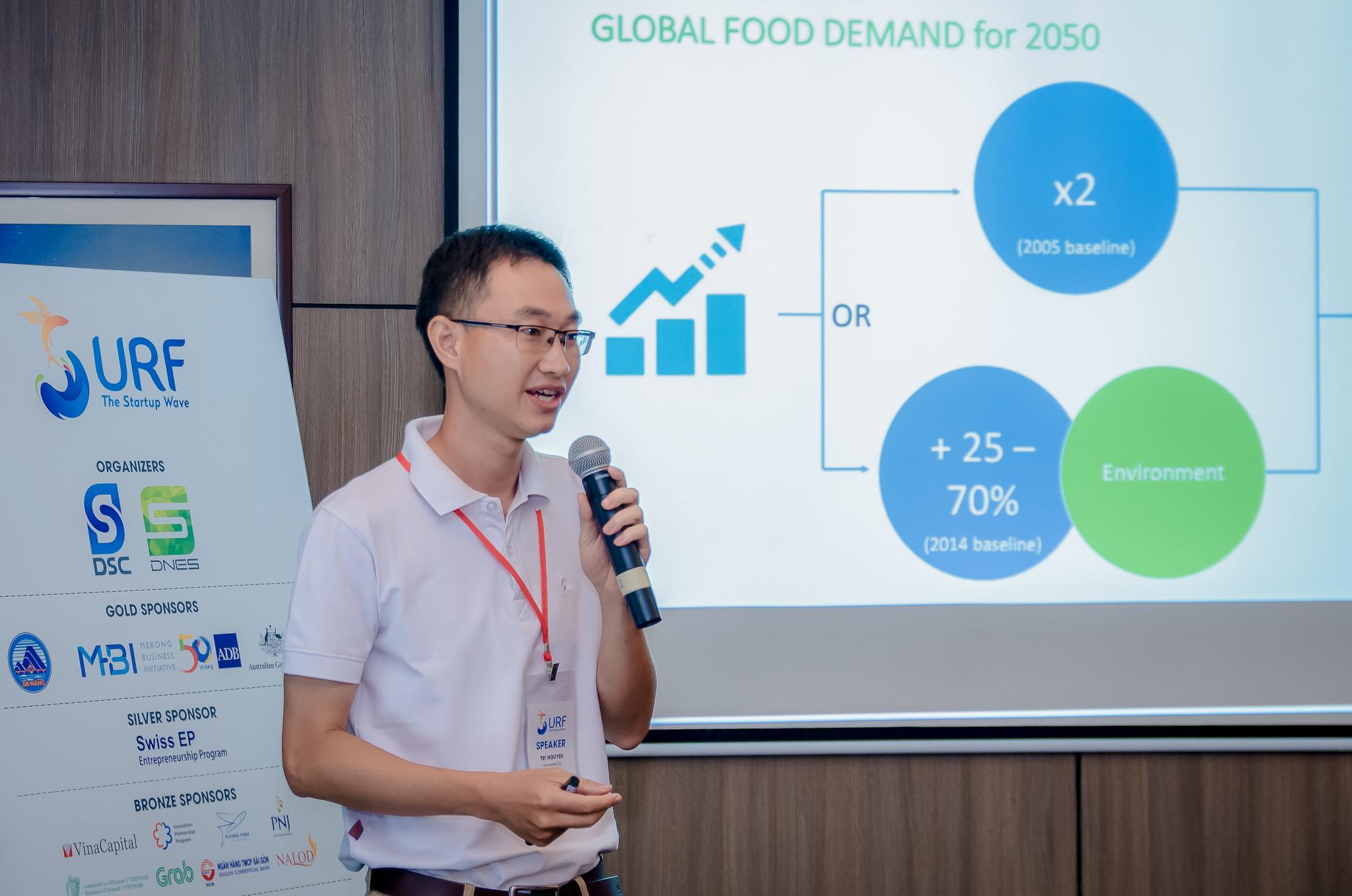 """Nguyễn Khắc Minh Trí, CEO - founder của công ty nông nghiệp công nghệ cao MimosaTek trao đổi về những tâm tư của người """"sống sót"""" sau 5 năm theo đuổi con đường khởi nghiệp đầy chông gai này..."""
