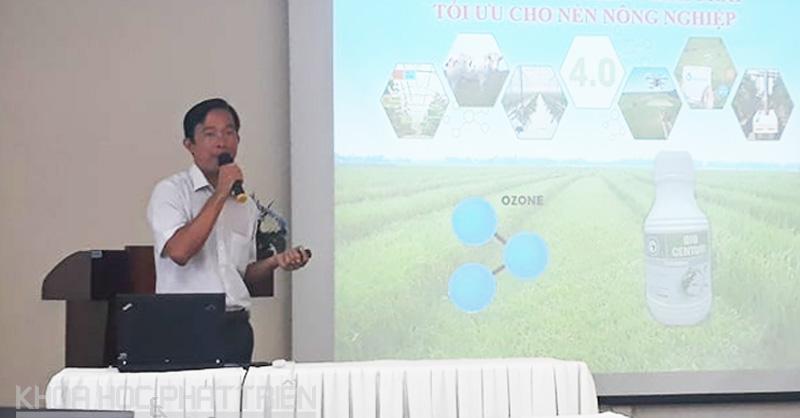 Ông Đặng Văn Vụ giới thiệu về ozone lỏng tại Hội