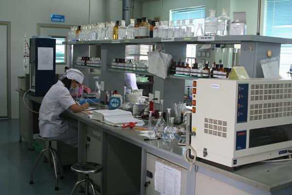 Hệ thống thiết bị trong phòng kiểm nghiệm