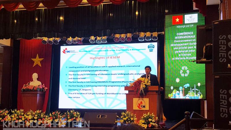 PGS.TS. Lê Hùng Anh giới thiệu về các dự án hợp tác với ĐH