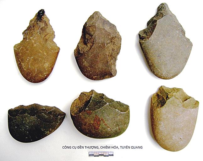 Công cụ lao động của cư dân hậu kỳ Đá cũ sống cách nay khoảng 20.000 năm.