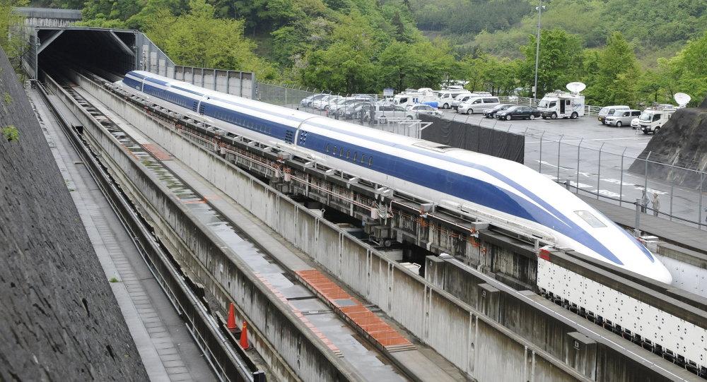 Cùng với chiến lược hạ tầng Vành đai - Con đường, Trung Quốc đang có tham vọng cực lớn đối với công nghệ đường sát cao tốc. Ảnh: China Daily.