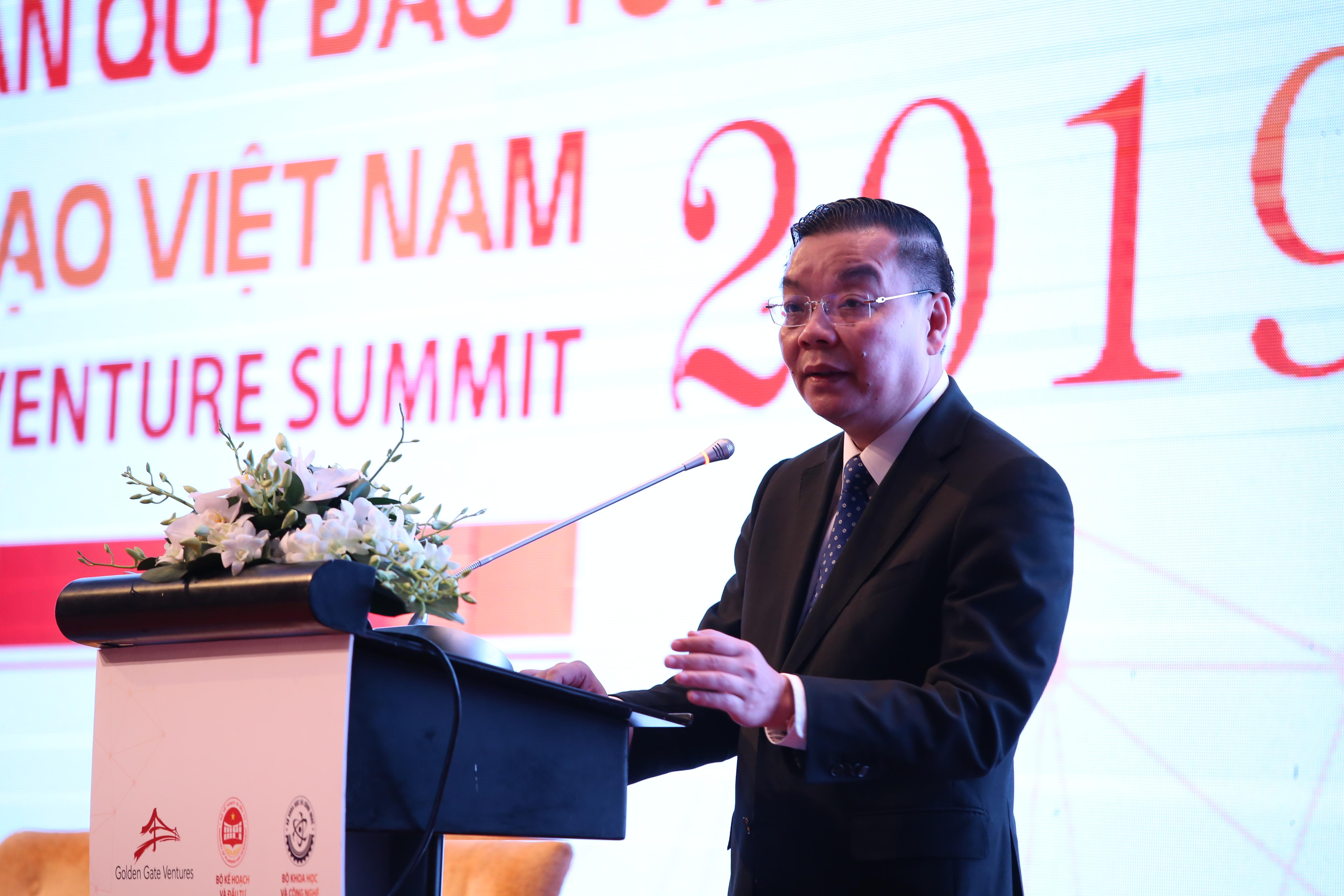 Bộ trưởng Bộ Khoa học và Công nghệ Chu Ngọc Anh tóm tắt về việc phát triển hệ sinh thái khởi nghiệp của Việt Nam. Ảnh: Ngô Hà