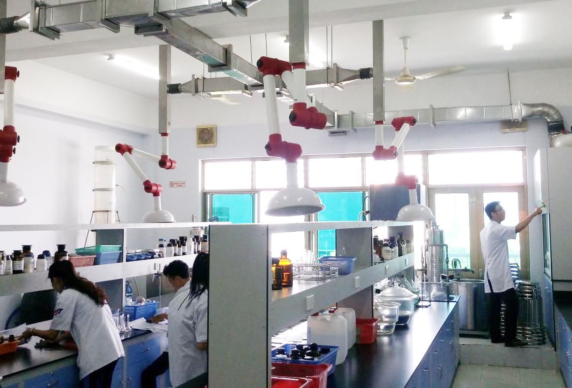 Một phòng thí nghiệm ở trường ĐH Tôn Đức Thắng. Ảnh: INT